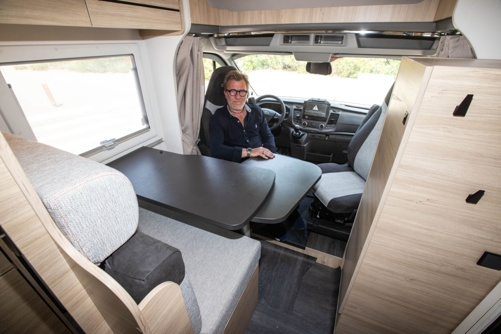 Chausson S697 First Line